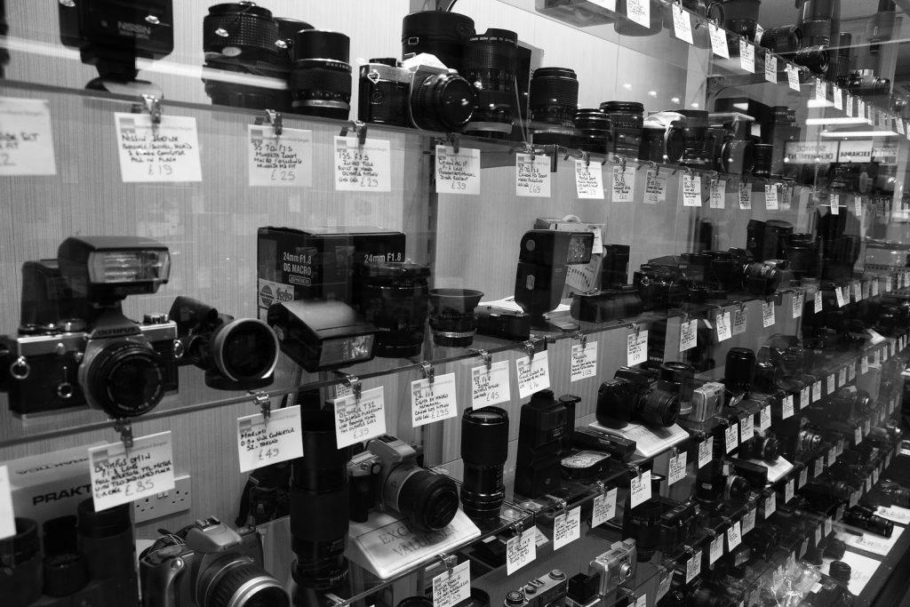 แนะนำการซื้อกล้องมือสอง