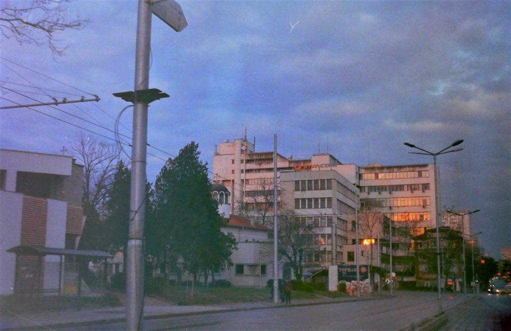 8M-ภาพภ่ายตึก